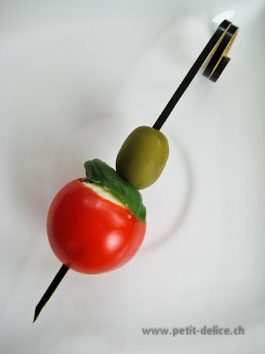 Catering • Partyservice • Traiteur • Zurich • brochette tomate cerise farcie/olive